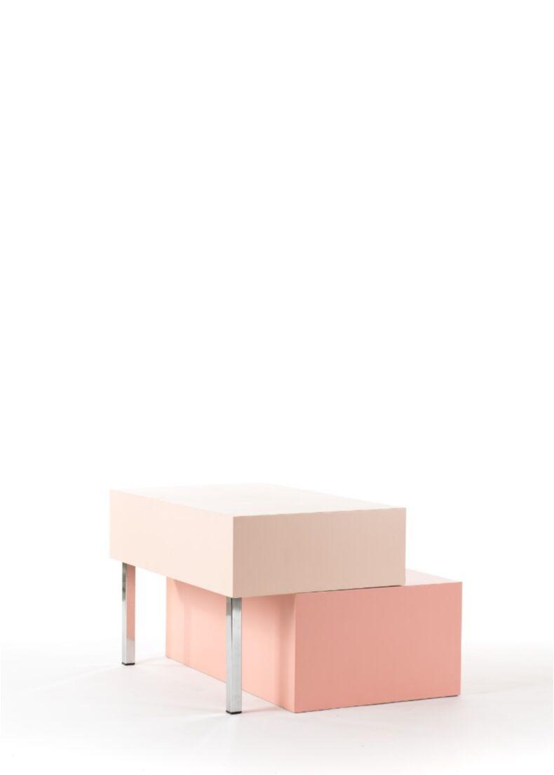 Espositore di design con due moduli in legno per negozio cm. 80x50x50h